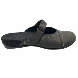 Vionic Orthaheel Black Airlie Slip-On Studded Mule